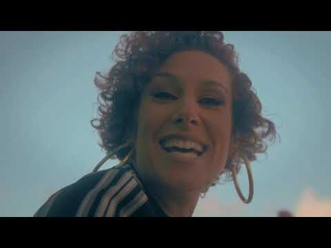 """Eternia & Rel McCoy – Praise (Official Video)  U.S.A  Pre-Order FREE☛ https://smarturl.it/freethealbum  Take a journey to the natural beauty of Barbados with Eternia for her new video, """"Praise,"""" an uplifting single off her upcoming album 'FR ..."""