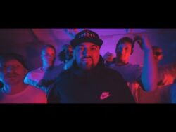 Gilly Man Giro – The Future [Official Video]  http://www.SektionRed.com Taken from Gilly M ...